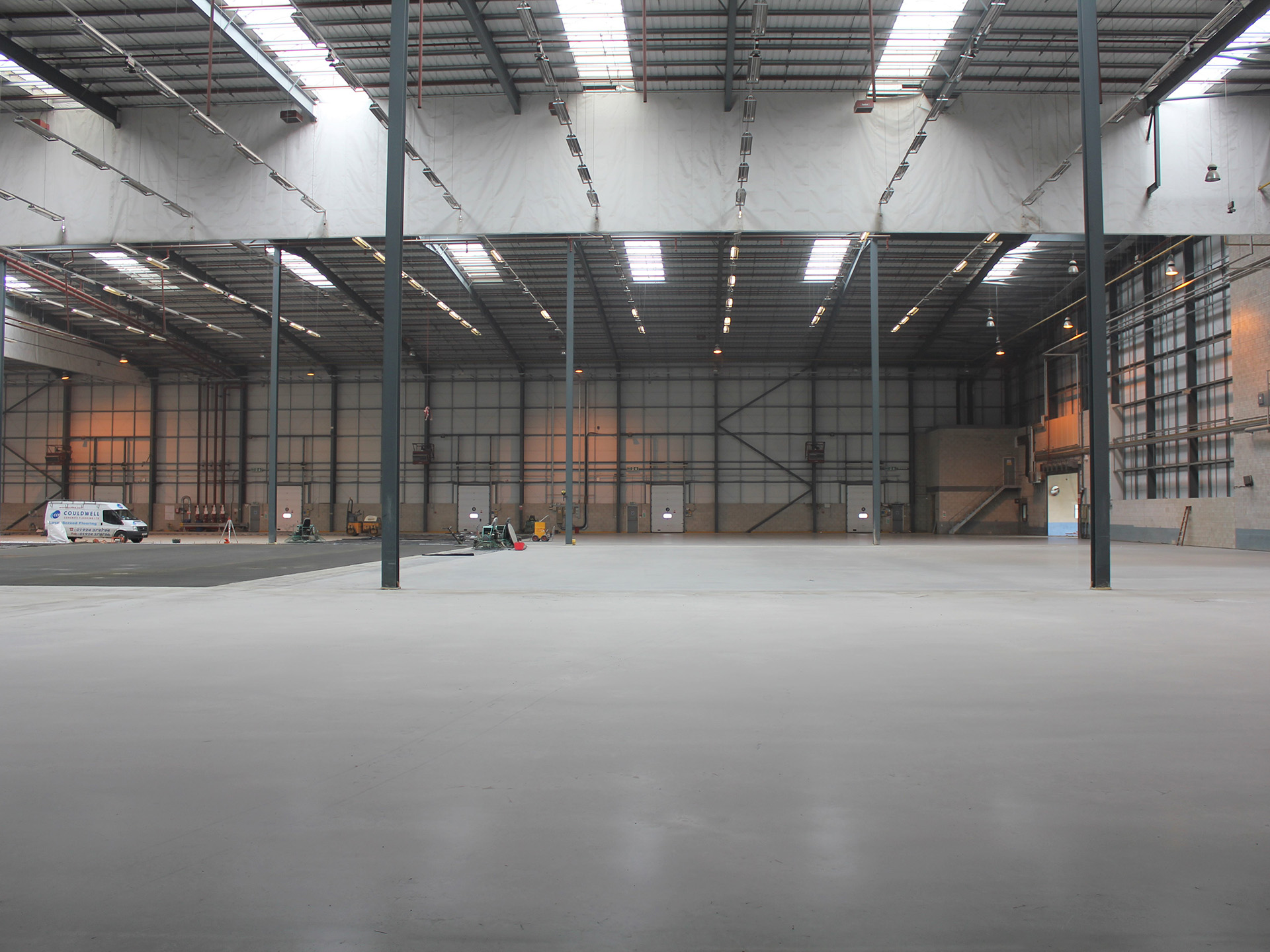 warehouse cocrete floor laid by couldwell concrete contractors